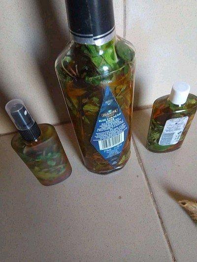 rituel de purification aoussarabia, attirer lamour parfum saint michel et clou de girofle, comment utiliser le parfum magique paissa, rituel d'amour avec du sel, bain d'attirance, feuille de tegbesou, astuce pour attirance, bain de chance pour attirer largent